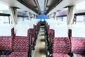 中型車両 座席画像